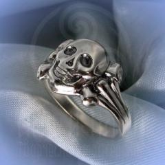 "Кольцо ""Весёлый Роджер"" Арт. 2510 серебро"